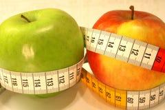 Manzanas de la dieta II imagen de archivo libre de regalías