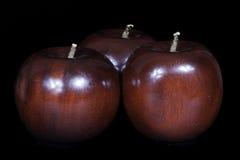 Manzanas de madera Fotos de archivo libres de regalías
