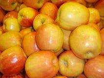 Manzanas de oro fotos de archivo libres de regalías