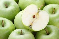 Manzanas de Smith de abuelita Foto de archivo libre de regalías