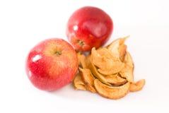 Manzanas frescas y secadas Fotos de archivo