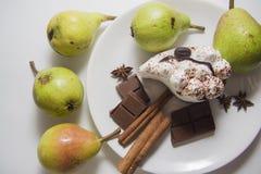 Manzanas, peras y tiramisu Imagen de archivo