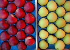 Manzanas pila de discos Foto de archivo libre de regalías