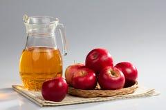 Manzanas rojas Imagenes de archivo