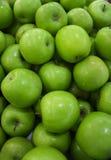 Manzanas verdes frescas Fotografía de archivo