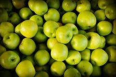 Manzanas verdes orgánicas Imagen de archivo libre de regalías