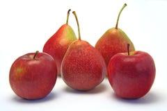 Manzanas y peras Fotografía de archivo