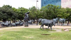 Manzi del bronzo e cowboy Sculpture Pioneer Plaza, Dallas immagini stock libere da diritti