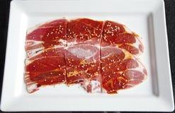 Manzo congelato affettato pronto per la griglia Fotografie Stock
