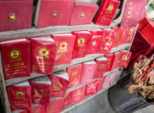 MAO zedong's sayings. Be sold in a market stall the red book of MAO zedong's sayingsn Stock Photos