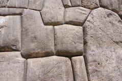 Maçonnerie fine dans des murs de forteresse d'Inca Photographie stock libre de droits