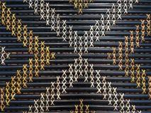 Maori som väver konstverk Arkivbilder