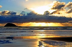 Maori Zonsondergang van de Baai Royalty-vrije Stock Afbeeldingen
