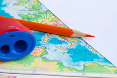 Map and pencil on the table Royalty Free Stock Photos