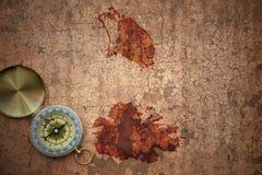 Mapa Antigua i Barbuda na starym rocznika pęknięciu tapetuje Obrazy Stock