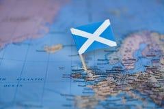 Mapa com a bandeira de Esc?cia fotos de stock royalty free