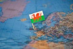 Mapa com a bandeira de Gales imagem de stock royalty free
