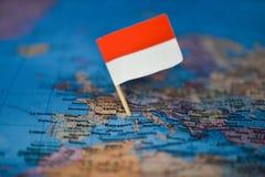 Mapa com a bandeira de M?naco imagem de stock royalty free