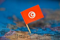 Mapa com a bandeira de Tun?sia imagem de stock royalty free