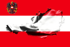 Mapa de Austria con la bandera nacional Fotos de archivo