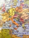 Mapa de Europa en lengua polaca atlas fotos de archivo libres de regalías