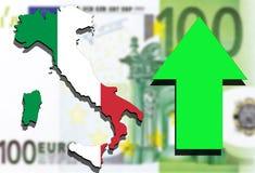 Mapa de Italia en fondo euro del dinero y el levantamiento verde de la flecha Imágenes de archivo libres de regalías