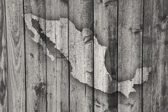 Mapa de México na madeira resistida imagens de stock
