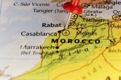 Mapa de Marrocos, pino na cidade Rabat do capitol imagem de stock royalty free