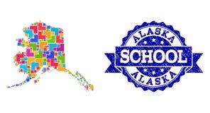 Mapa de mosaico del estado de Alaska y de la composición rasguñada del sello de la escuela stock de ilustración