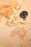 Mapa de mundo com o compasso que mostra Oceania fotografia de stock royalty free