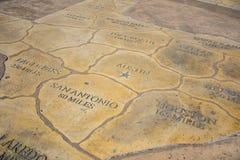 Mapa de Tejas que muestra todas las ciudades en Tejas con millas lejos del capital Austin TX Foto de archivo libre de regalías