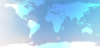 Mapa del mundo azul en extracto borroso del cielo del fondo Foto de archivo libre de regalías