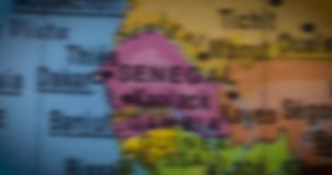 Mapa del mundo con el mapa del país de Senegal almacen de metraje de vídeo