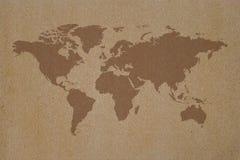 Mapa del mundo en el papel reciclado fotografía de archivo libre de regalías