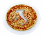 Mapa del país de Italia cosechado en la pizza Imagen de archivo