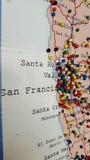 Mapa del tablero del perno de California fotos de archivo