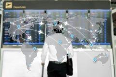 Mapa do uso da rede dos aviões das rotas de voo para o curso global foto de stock royalty free
