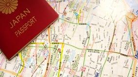 Mapa e passaporte Fotos de Stock