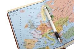 Mapa e pena europeus Fotos de Stock