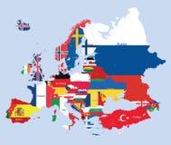 Mapa europeo del vector combinado con las banderas Fotografía de archivo