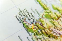 Mapa geográfico de la isla del país europeo con el capital de Reykjavik Fotos de archivo libres de regalías