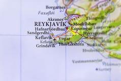 Mapa geográfico de la isla del país europeo con el capital de Reykjavik Fotografía de archivo libre de regalías