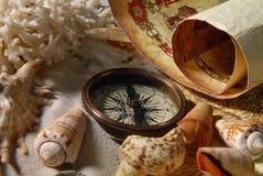 Mapa i kompas obrazy royalty free