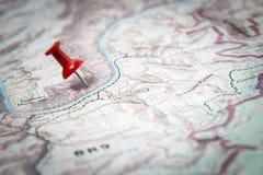 Mapa identificado por meio de percevejo vermelho Imagem de Stock Royalty Free
