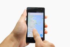 Mapa no telefone esperto Imagem de Stock Royalty Free