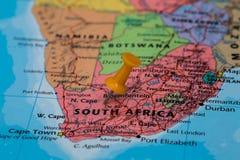Mapa Południowa Afryka z pomarańczowym pushpin wtykającym Zdjęcie Royalty Free