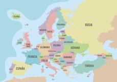 Mapa político de Europa con diversos colores para cada país y los nombres en español Imagen de archivo