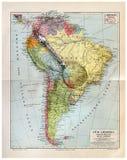 Mapa viejo de Suramérica con la lupa Imagen de archivo