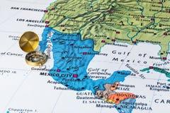 Mapa y compás de México Foto de archivo