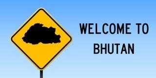 Mappa del Bhutan sul segnale stradale Fotografia Stock Libera da Diritti